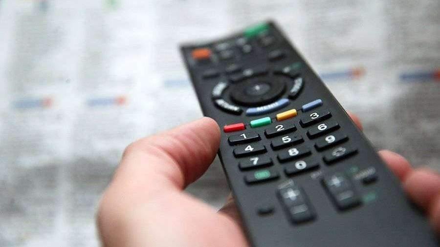 Эксперты назвали телевидение главным медиа в России