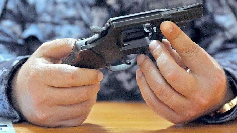 Росгвардия отозвала у россиян почти 50 тыс. лицензий на оружие