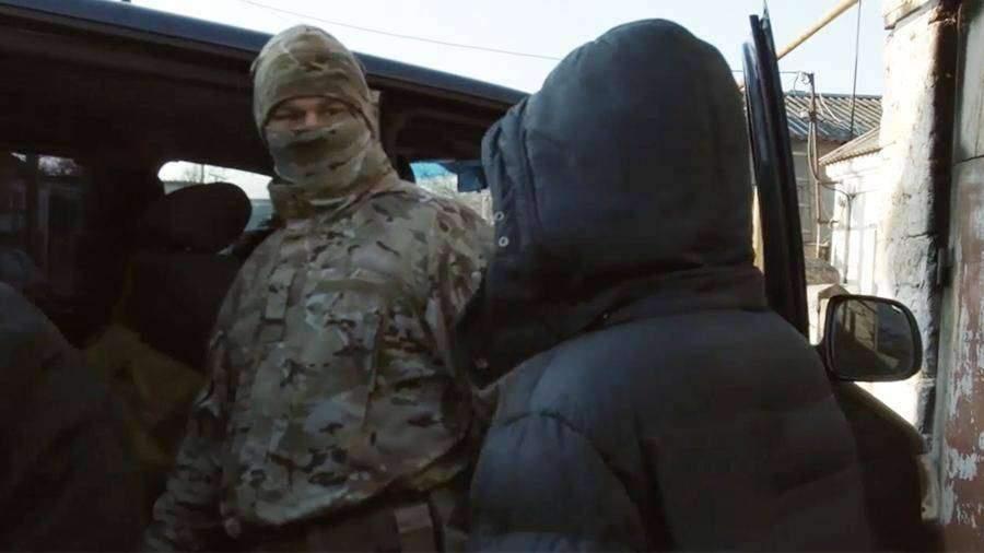 Суд арестовал готовивших теракт в Крыму подростков