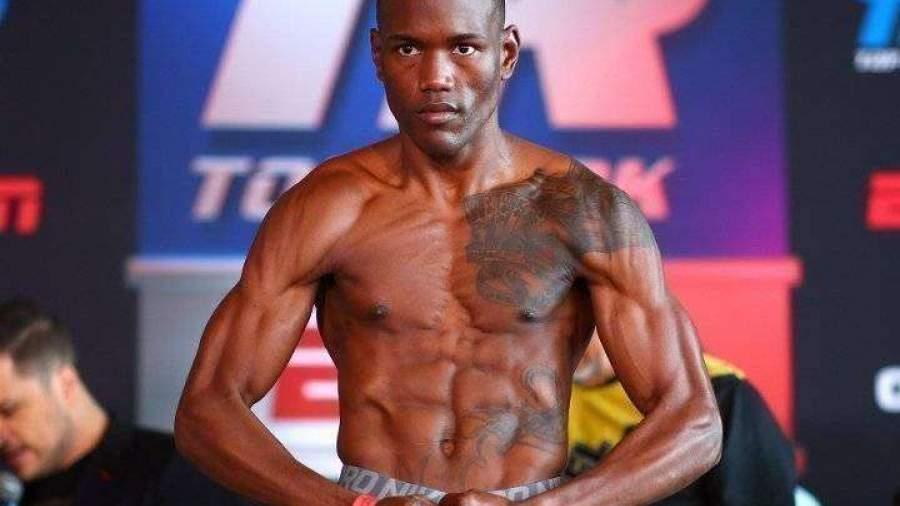 Боксеры оценили шансы Ананяна в бою с Матиасом