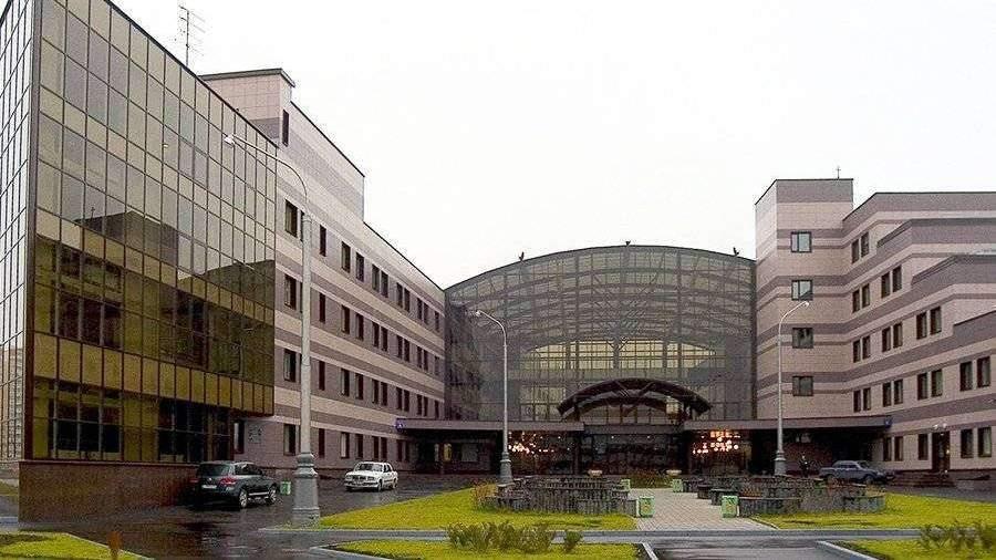 Депздрав проверит в Москве медцентр после заявки на иконостас за 1 млн рублей