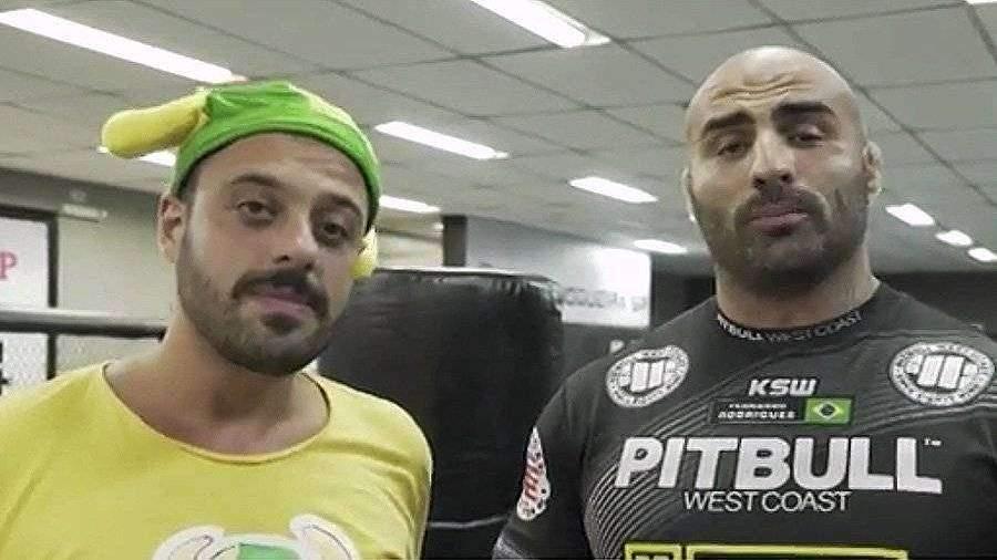 Бразильский фанат заставил Родригеса признаться в любви Харитонову
