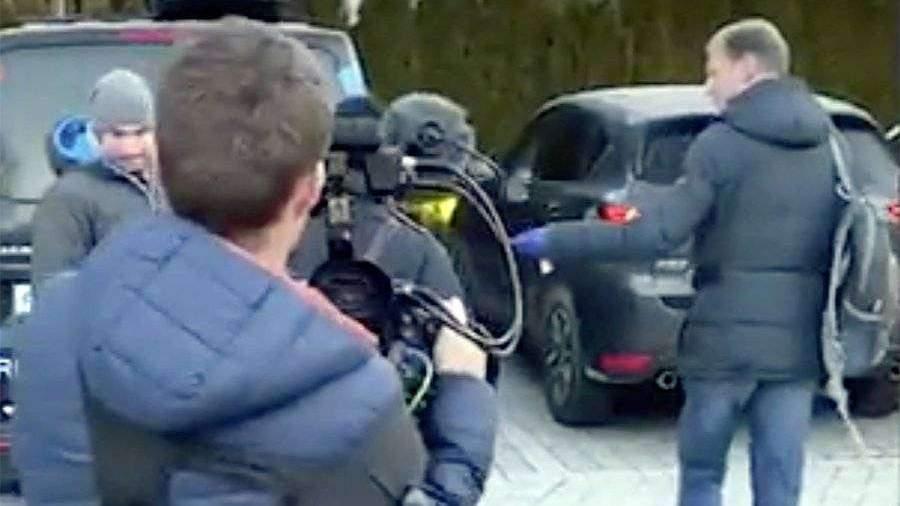 Опубликовано видео обысков у Логинова и Касперовича в Италии