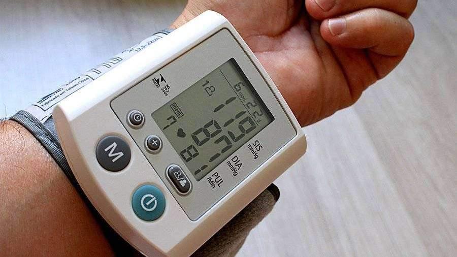 Кардиолог рассказал о способе снижения давления за 15 минут