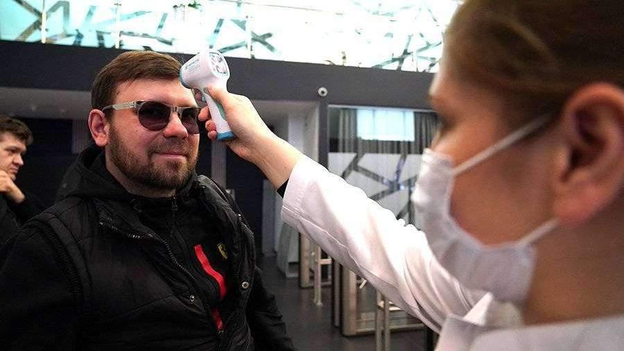 Психолог объяснил отсутствие у россиян страха перед коронавирусом