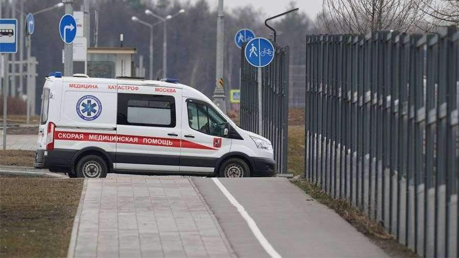 Больницы Москвы организовали разные въезды «скорых» для больных