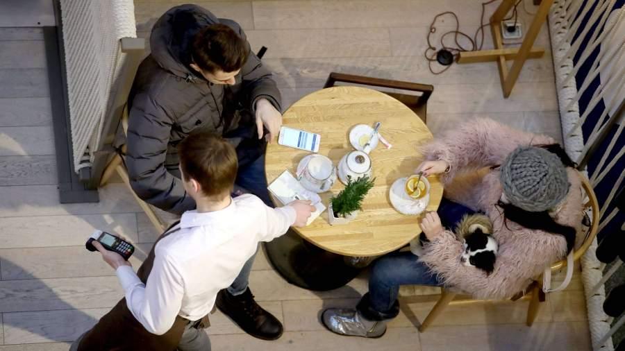 Власти Москвы заявили об отсутствии планов по закрытию кафе и ресторанов