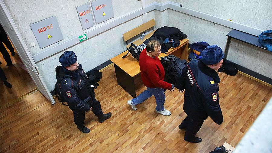 Обвиняемого в убийстве историка Соколова этапируют в Санкт-Петербург