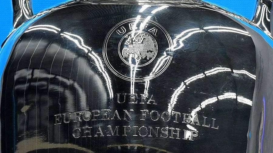 При переносе ЧЕ по футболу Петербург сохранит все обязательства