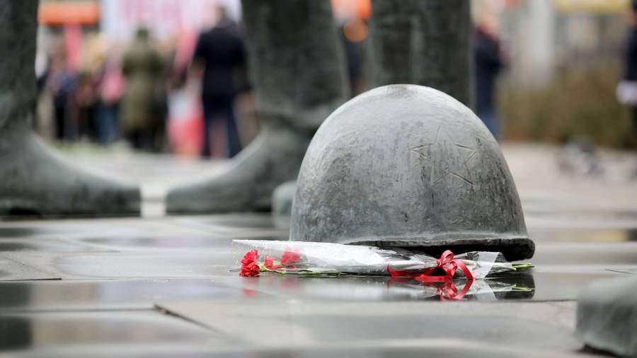 РФ введет уголовную ответственность за разрушение воинских мемориалов
