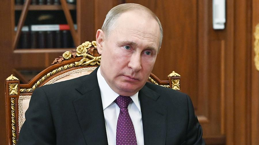 В Кремле рассказали о мерах по защите Путина от коронавируса