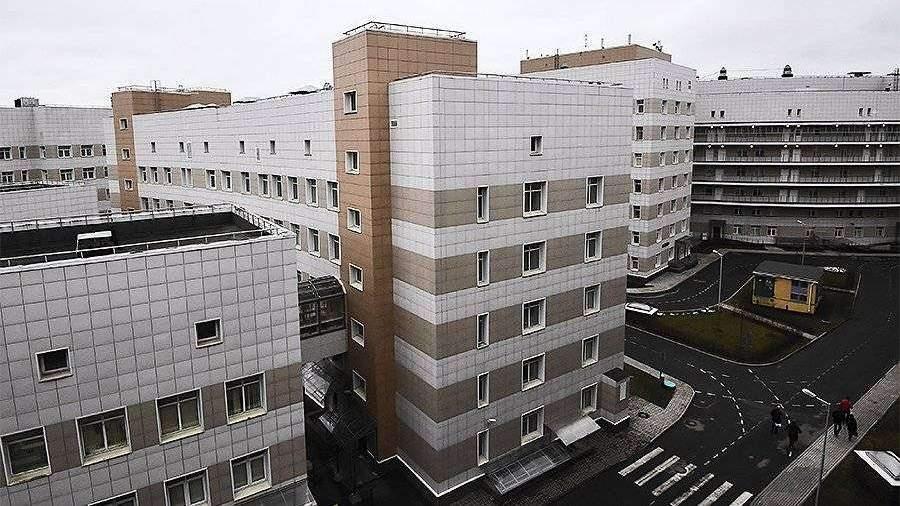 В Петербурге госпитализировали 64 человека с подозрением на COVID-2019