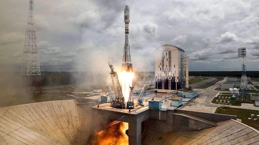 «Роскосмос» вывел на орбиту 34 спутника связи OneWeb