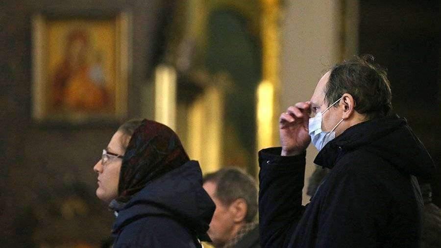 Патриарх Кирилл призвал воздержаться от походов в храмы на фоне коронавируса