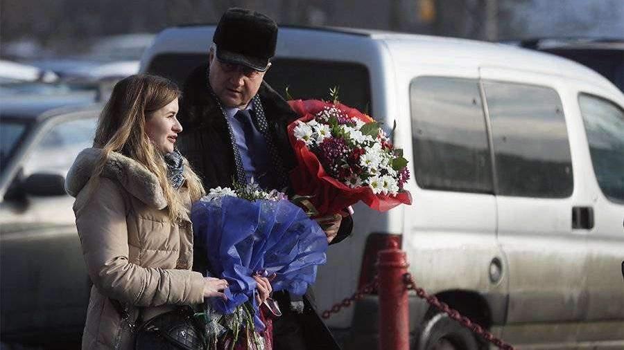 Почти половина россиянок не собирается отмечать 8 Марта