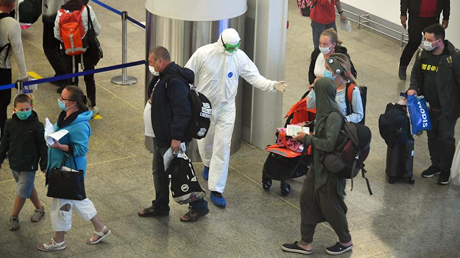 Только 4% новых пациентов с COVID-19 в Москве недавно вернулись из-за границы