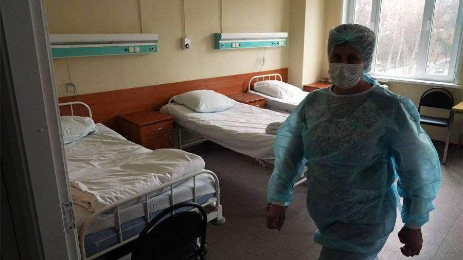 Мурашко рассказал об увеличении числа коек для больных COVID-19