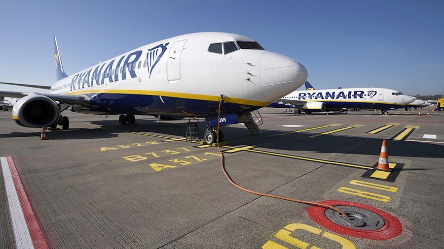 Авиакомпания Ryanair заявила о готовности продавать билеты по €1