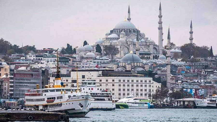 Турция решила не запираться для туристов из-за коронавируса