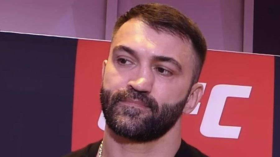 Боец UFC Орловский поделился впечатлениями от боя без зрителей