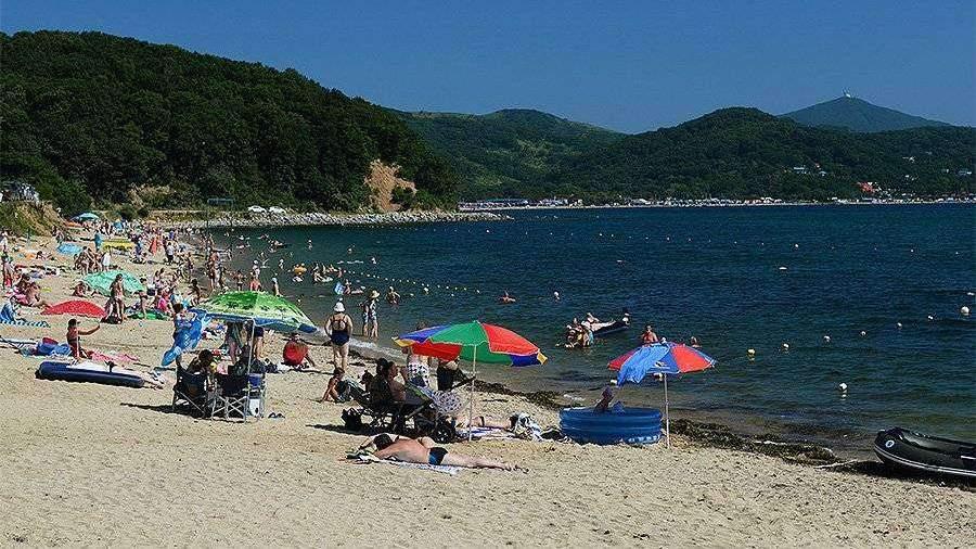 Пляжи и отели у моря закроют в Приморье из-за коронавируса