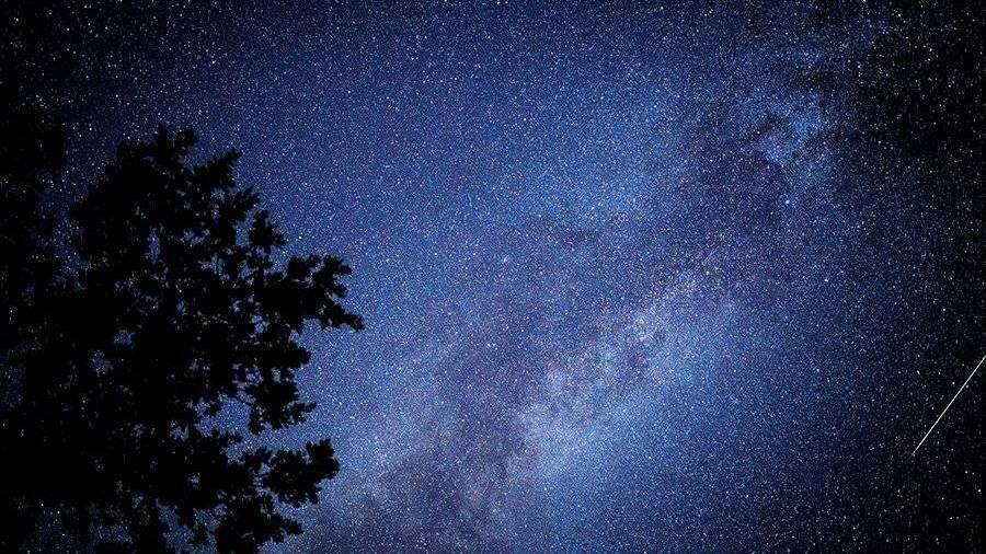 Астрономы обнаружили радиосигнал от источника в Млечном Пути