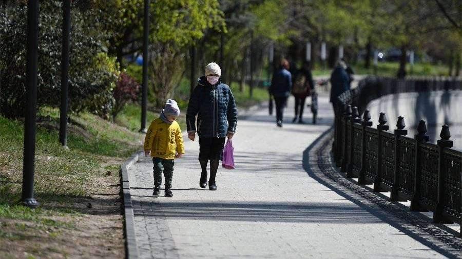 Путин заявил о необходимости двукратного увеличения детских пособий