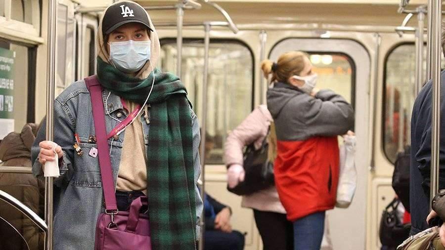 Более 21,5 тыс. пассажиров активировали проездные в Санкт-Петербурге