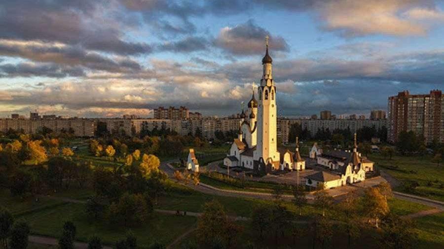 В Петербурге умер настоятель храма апостола Петра