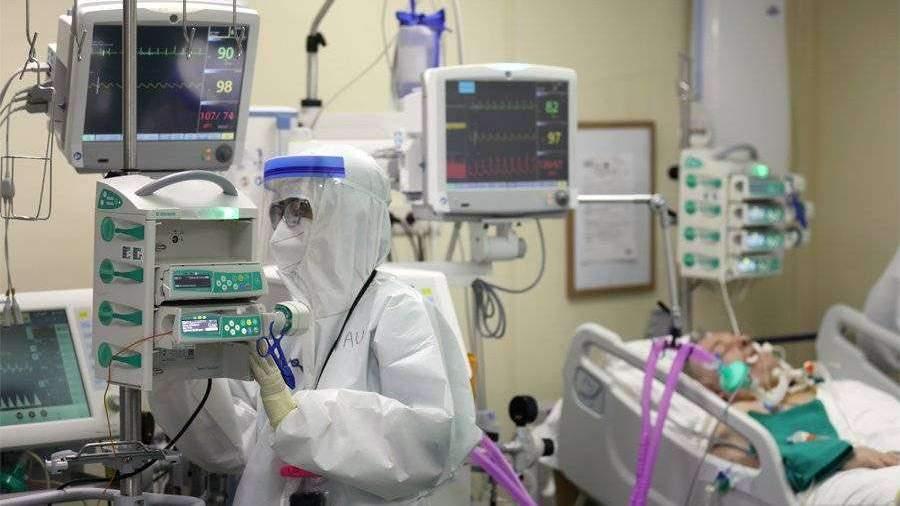 Мантуров рассказал об оснащенности больниц аппаратами ИВЛ