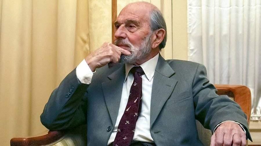 Названа причина смерти разведчика Джорджа Блейка    Новости    Известия