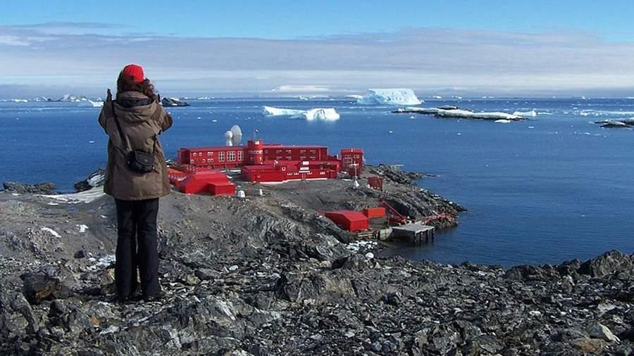Антарктические базы Чили эвакуировали после землетрясения