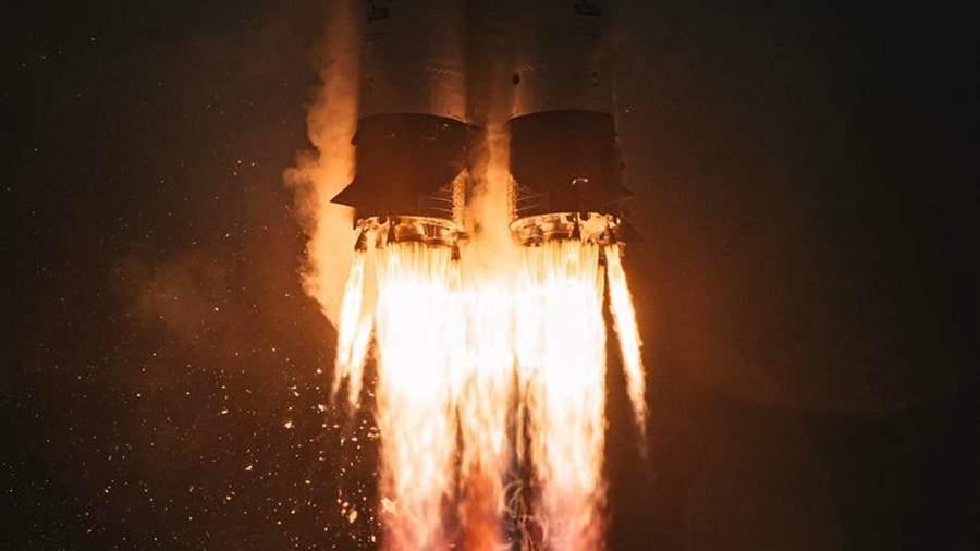 RIAN 6493169.HR .ru В России запланировали разработку сверхтяжелой ракеты для полетов к Луне и Марсу