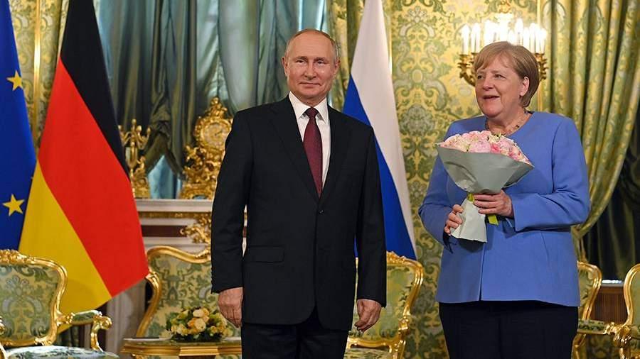 Переговоры Путина и Меркель в Москве завершились | Новости | Известия |  20.08.2021