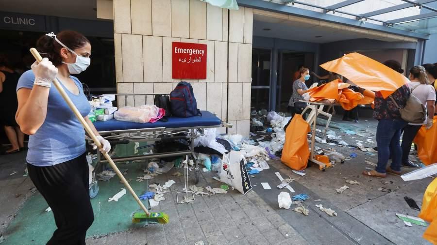 Фото: REUTERS/Mohamed Azakir 27-летний торговец Хади Насралла