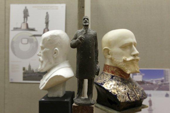 Скульпторы подготовили своих Столыпиных
