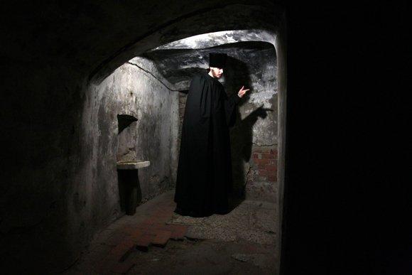 Терема и пещеры радонежских окрестностей
