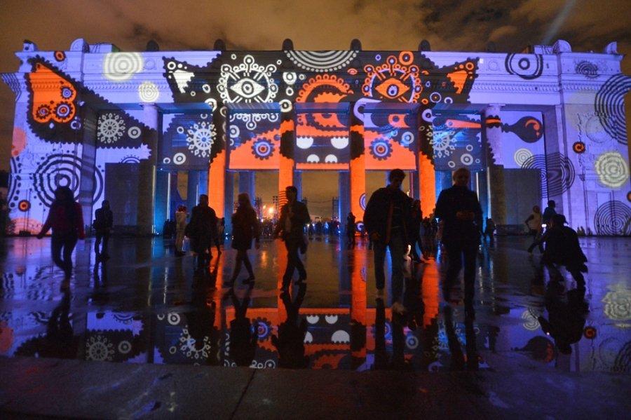 В Москве открылся фестиваль света