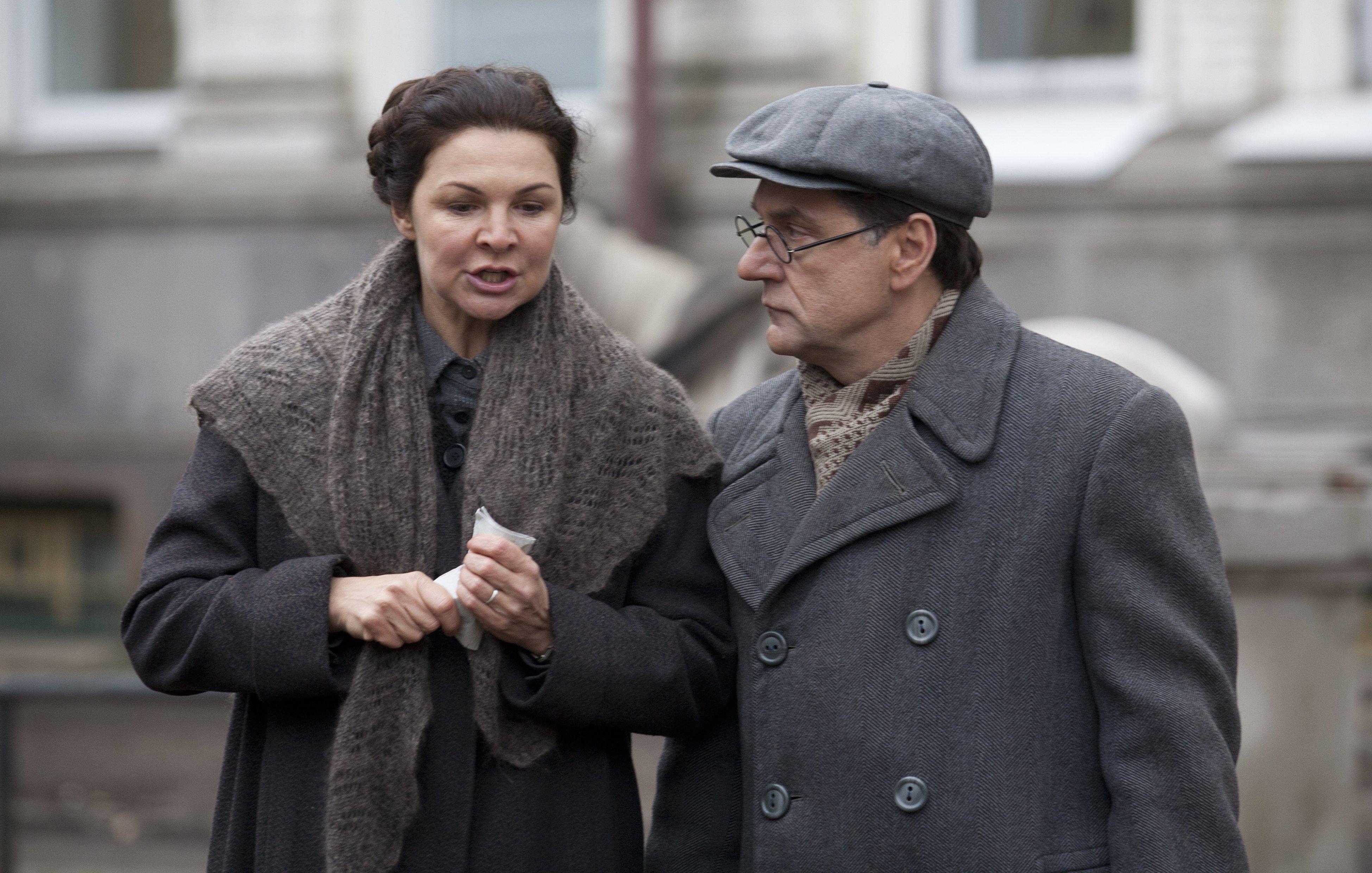 Когда фильм посмотрела дочь Гроссмана, она узнала в нем роман отца