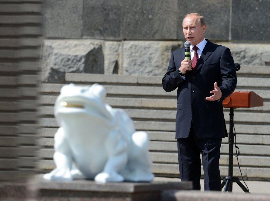 Президент посетил Волгоград в день памяти и скорби