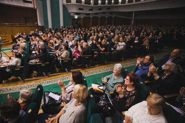 Владимир Федосеев представил цикл военных песен