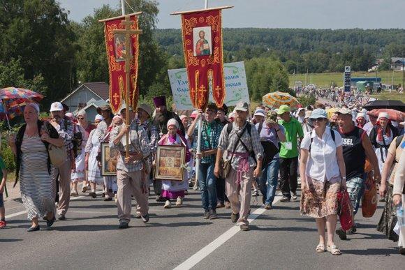 700-летие Сергия Радонежского православные отметили крестным ходом
