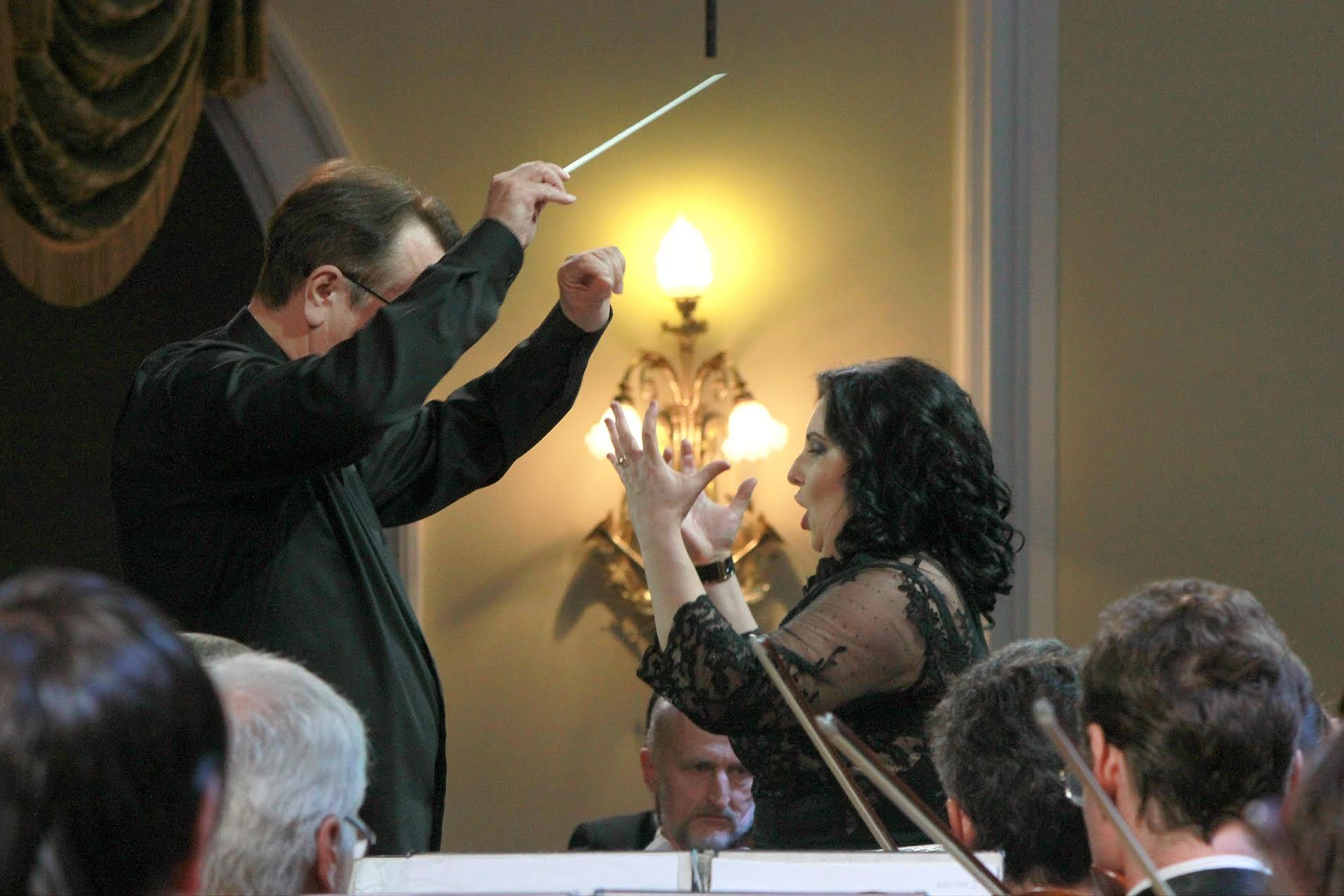 Украинская примадонна спела с Российским национальным оркестром