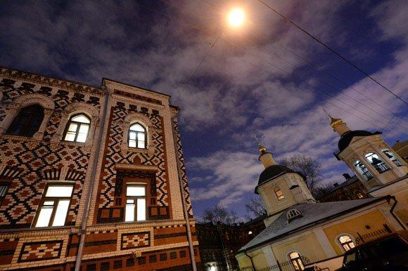 Суд вернул РПЦ Константинопольское подворье