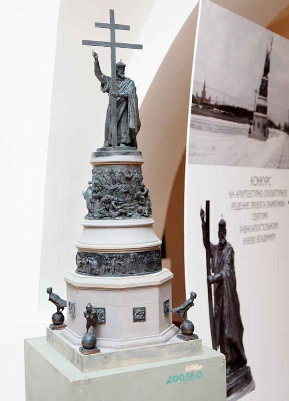 Памятник князю Владимиру будет создан по проекту Салавата Щербакова
