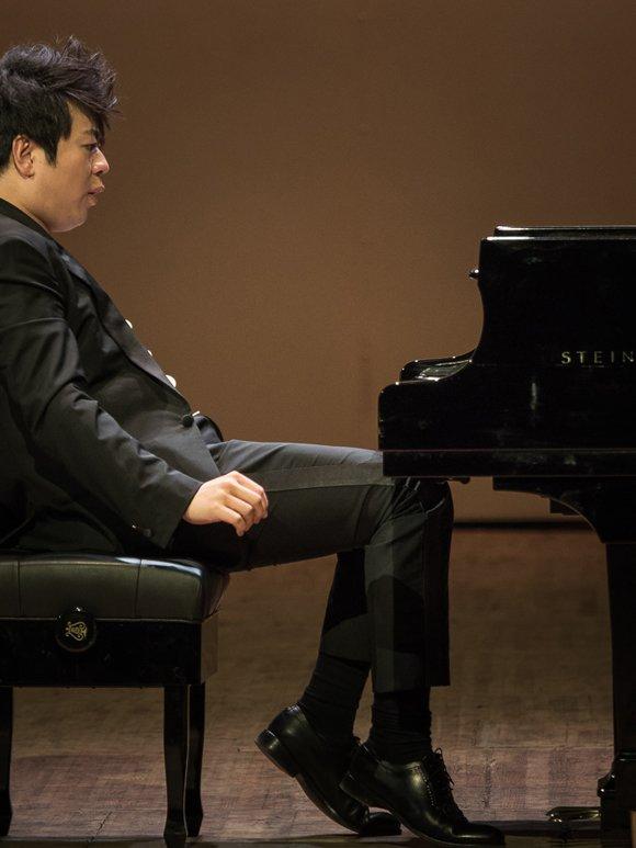«Слава Богу, что я пианист»