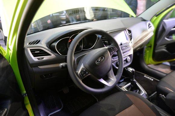 АвтоВАЗ объявил цену на Lada Vesta