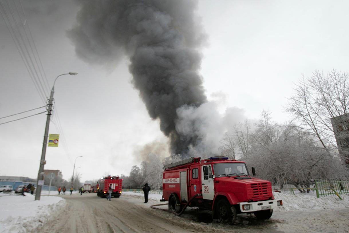 Появилось видео последствий пожара на Тушинском заводе с беспилотника