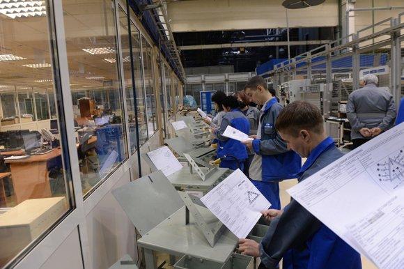 «АвтоВАЗ» начал серийное производство Lada Xray