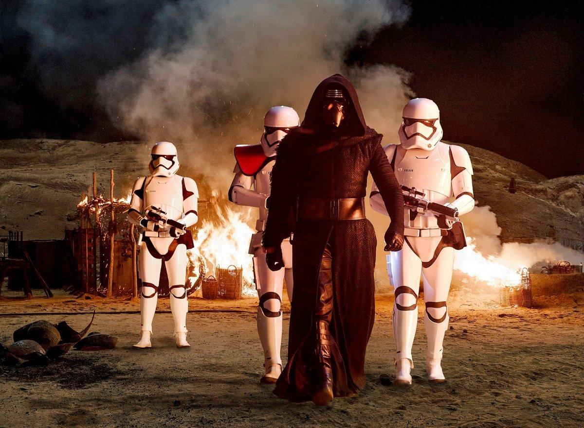 Новые «Звездные войны»: на фронте без перемен